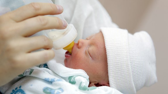 An Update on Tailored Feeding Strategies for Preterm Infants